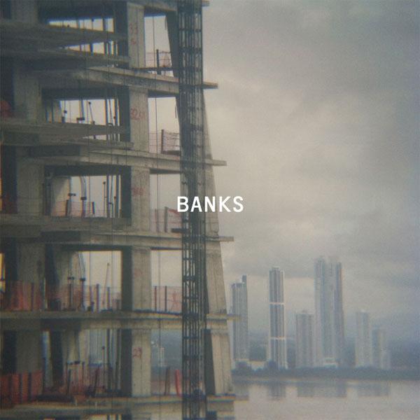 bankspackshot