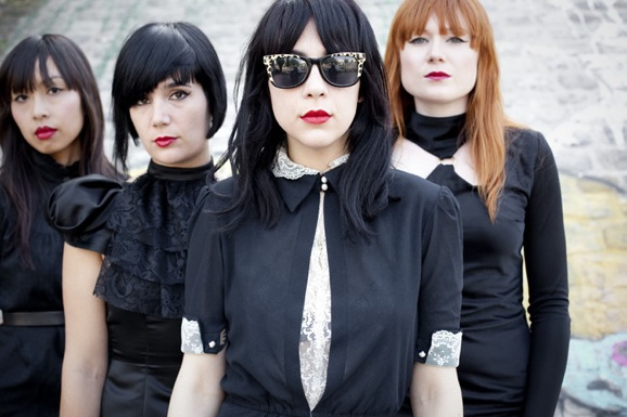 Dum-dum-girls-primavera-sound-2014