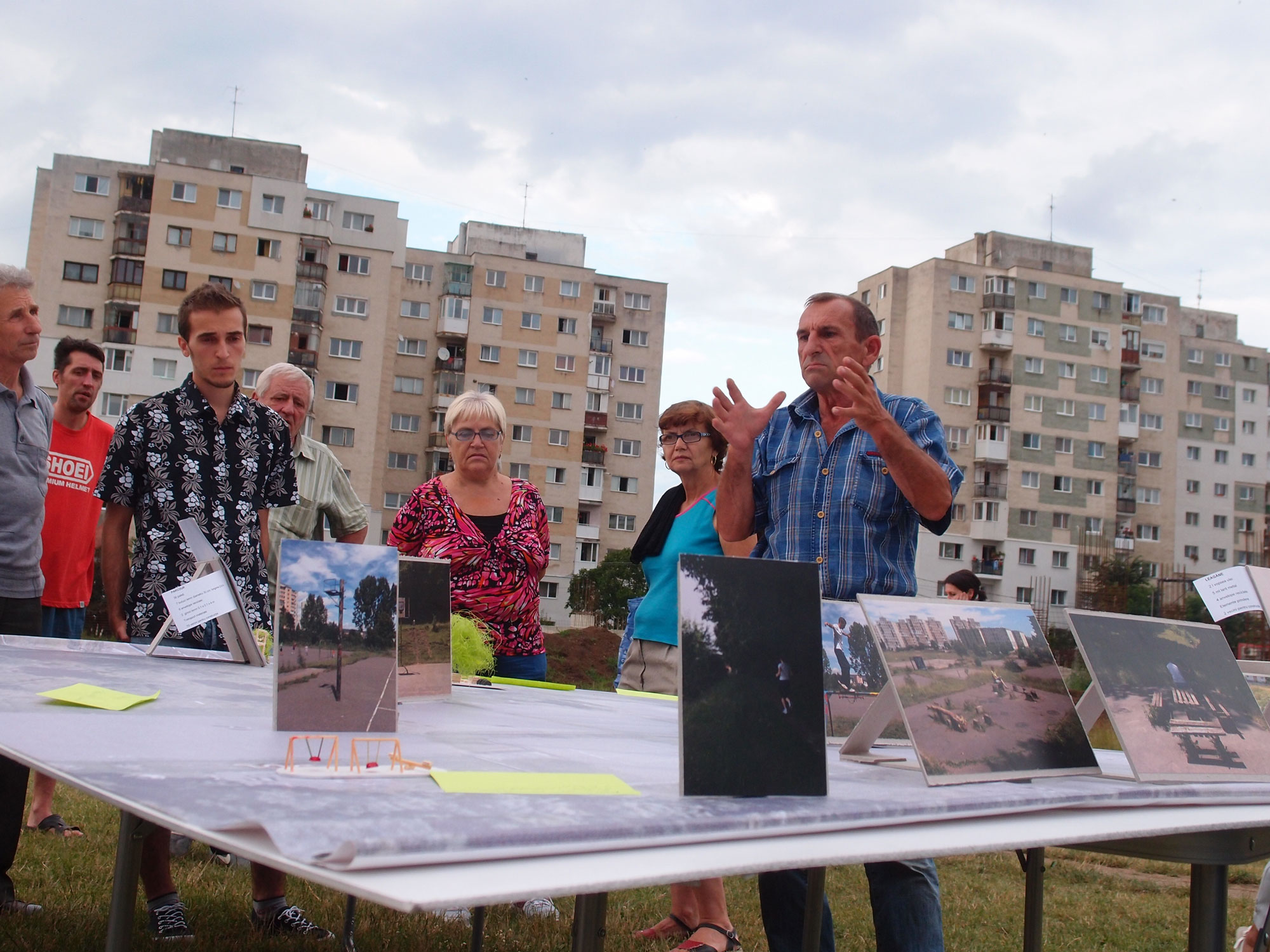 Macheta-participativa-La-Terenuri_iulie-2014_web